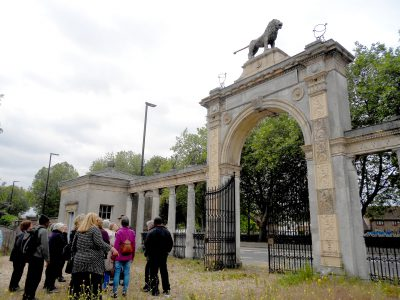 lion-gate-160530